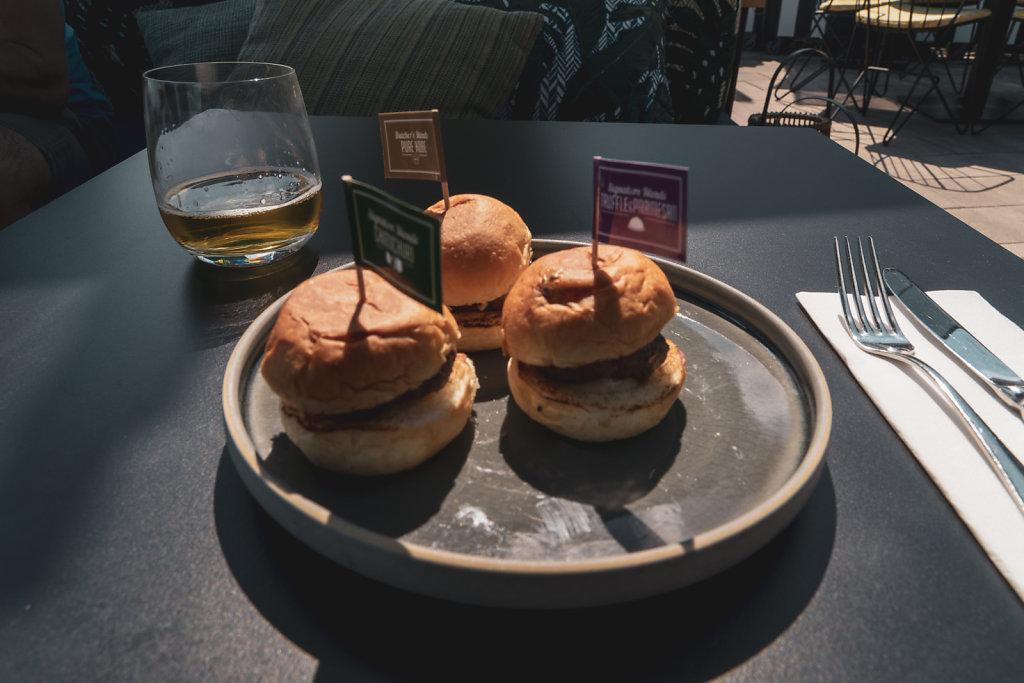 Mini Burger in Skybar - Budapest